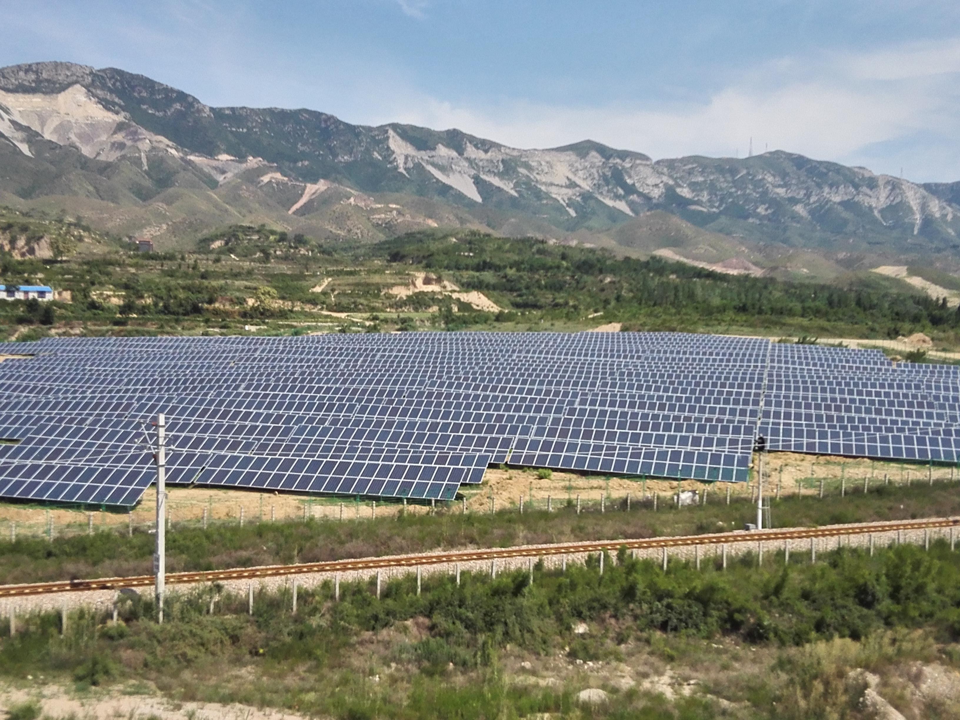 发电站建成后每年可发电6000万千瓦时,对促进山西河津市新能源建设